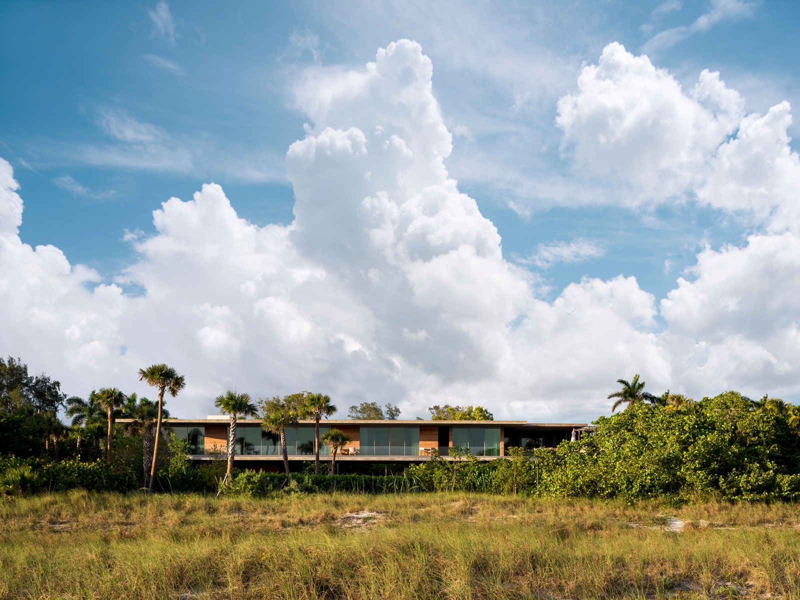 Rear exterior of Casa Larga