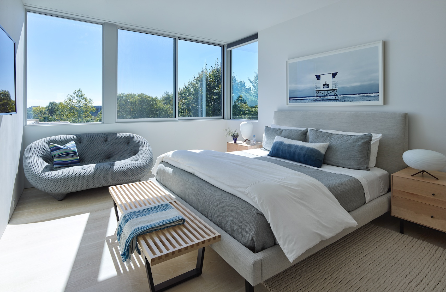 SLR Architects Amagansett Modern Residence Bedroom